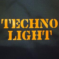 テクノライトブルゾンフロントプリント